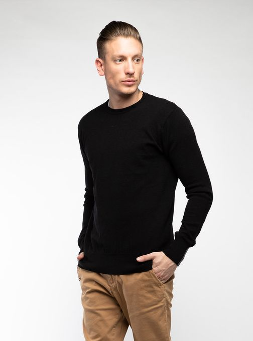 Sweater-Cuello-Redondo-Sin-Coderas-Negro